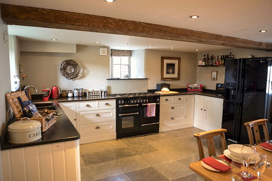 Angel Barn's kitchen with Rangemaster cooker