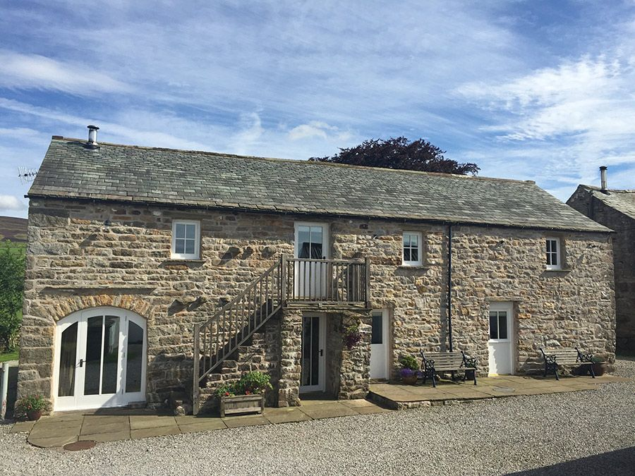 Angel Barn - sleeps 6 in 3 bedrooms