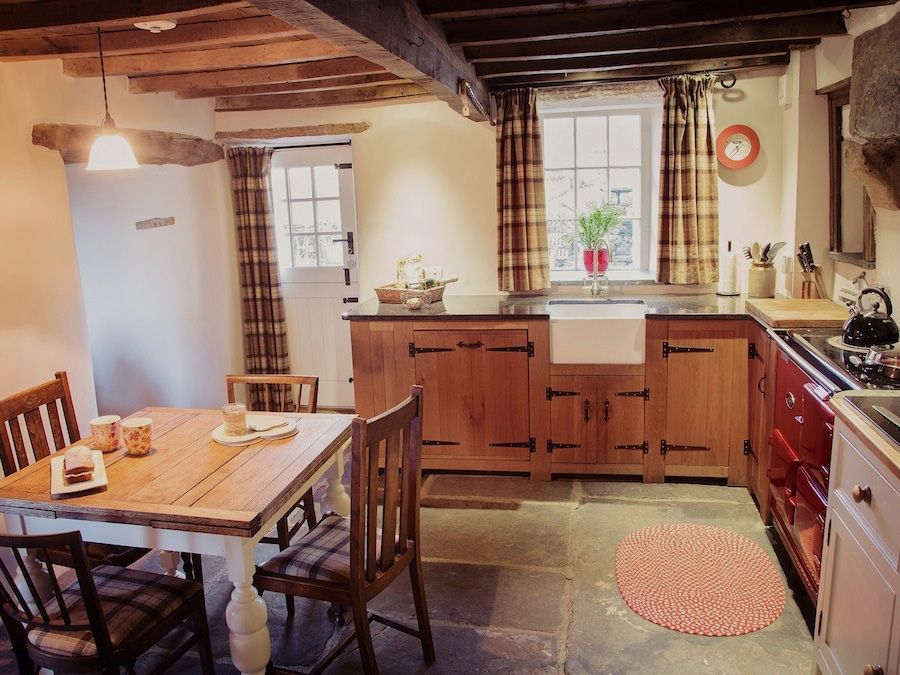 Pefect country kitchen with handmade units